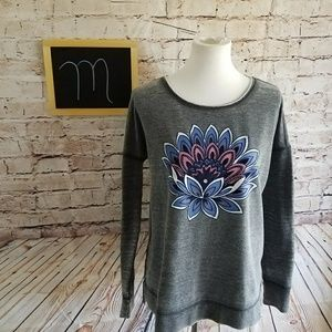 Lucky Lotus Sweatshirt Size M